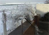 seawall splashover