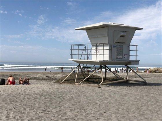 lifeguard tower at North Beach