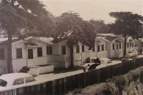 Do you remember the bungalows at the foot of 9th and 10th streets?