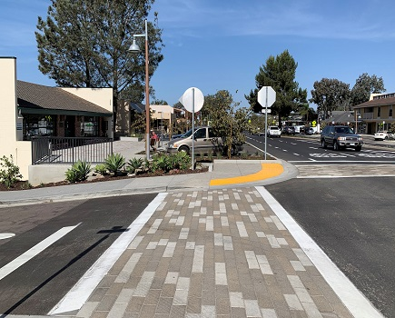 Downtown Streetscape Project  - Photo of completed crosswalk