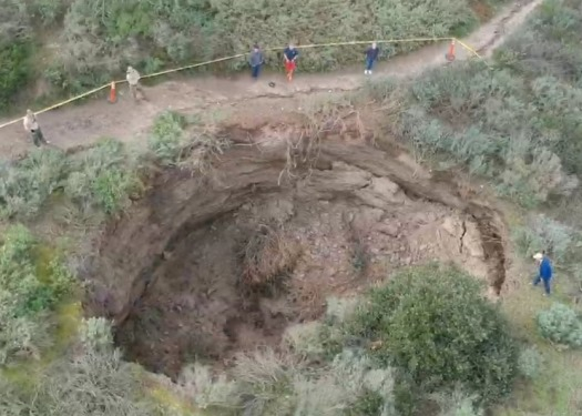 Crest Canyon sink hole